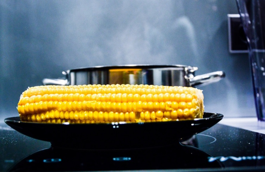The word corn Gugaruz - Bavarian Кукуруза - Belarusian,Russian Kukuruz Kukuřice - Czech Kukurūza - Latvian Kukurydza - Polish Cucuruz - Romanian Кукуруз - Serbian,Kukurica – Slovak