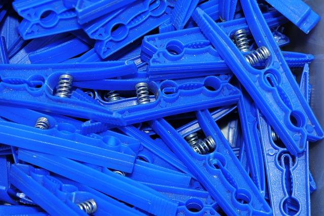 Blauw, Blå, Blue, Blu, Bleu, Blau, Blár, Bliu